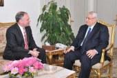 السيناتور تيم كين يتوقع انتخابات رئاسية نزيهة في مصر