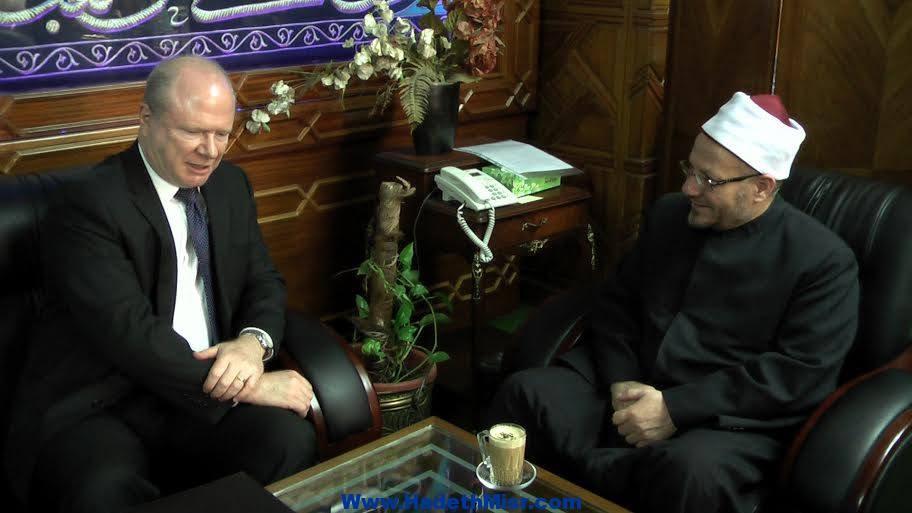 """""""مفتي الجمهورية"""" – للقائم بأعمال السفير الأمريكي – : كل يوم يمر في مصر يقربنا من الاستقرار"""