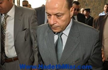 احالة النائب العام الأسبق ومساعده لمجلس تأديب وايقافهما عن العمل