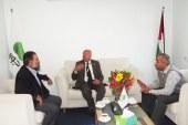 اتحاد نقابات العمال يلتقي شركة جوال الفلسطينية
