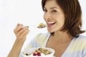 5 مشروبات طبيعية للتخلص من الوزن الزائد
