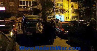 رجال المفرقعات ينتقلون لمعاينة موقع انفجار جسم غريب بمدينة نصر