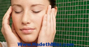 الحصول على حمام دافئ ومحاولة النوم الهادئ للتغلب على مشاكل الصداع