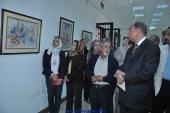 محافظ أسيوط يفتتح معرض الرواد للفنانين التشكيلين بأسيوط