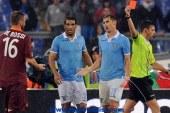 إيقاف دي روسي 3 مباريات أوقفت رابطة الدوري الإيطالي لاعب وسط روما دانييلي دي روسي ثلاث مباريات بعد لكمه لاعبا منافسا في مباراة إنتر ميلان
