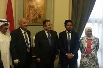 وزير الخارجيه يلتقي بوفد إعلامي كويتي ويؤكد علي أهمية طرح قضية الإرهاب في القمه العربيه المقبله