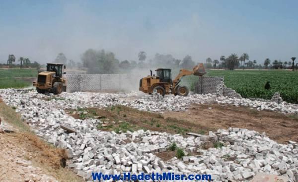 حملات واسعة لإزالة التعديات على الأراضي الزراعية بالقليوبية
