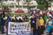 """بالصور- مسيرة لطلاب"""" المحظورة"""" داخل حرم جامعة الفيوم للتنديد بعودة الحرس الجامعي"""