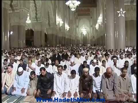 مغاربة ضد منشور وزاري يقضي بخفض أذان المساجد وقت الفجر