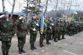 القوات الأوكرانية تنسحب من القرم