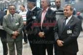بالصور … محافظ البحر الأحمر يتابع إجراءات مغادرة السياح بمطار الغردقة الدولى