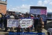 عمال النقل العام بالإسكندرية ينهون إضرابهم بعد وساطة الجيش لتحقيق مطالبهم