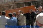 تشييع جنازة أحد ضحايا ليبيا بسمالوط