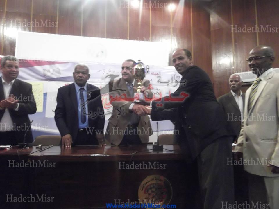 بالصور … كمال الدين حسين الثانوية بالقصير تحصل على كأس أوائل الطلبة بالبحر الأحمر