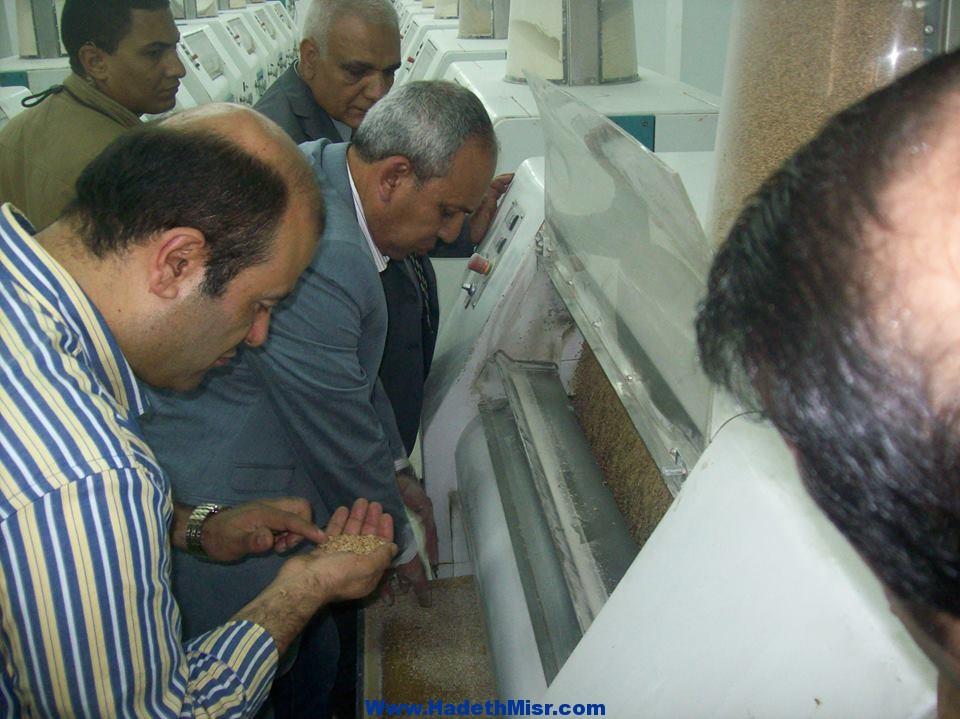 زيارة الدكتور / خالد حنفي وزير التموين و التجارة الداخلية لمحافظة اسيوط .