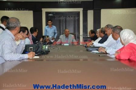 """عبد الله خلال إجتماعه مع الصحفيين """" نسعى لتقديم الأفضل للمحافظة """""""