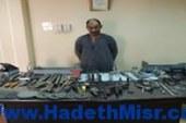 مباحث المنيا تنجح فى ضبط مزارع لإدارته ورشة لتصنيع الأسلحة النارية والإتجار فيها