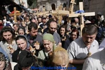 خلال يومين 4 آلاف قبطى يسافرون للقدس  والكنيسة تتمسك بالرفض