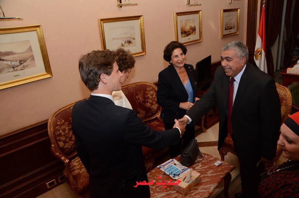 بالصور طارق مهدي يستقبل اعضاء بمجلس الشيوخ الفرنسي