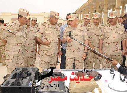 الفريق أول / صدقي صبحي يتفقد عدد من المشروعات الخدمية ويلتقي برجال القوات المسلحة