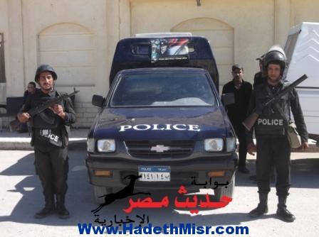 ضبط  4 أشخاص لتجمهرهم  أمام قسم الشلاتين و إعتدائهم  على أمين شرطة