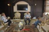 بالصور .. محافظ البحر الأحمر يجتمع مع رئيس بنك الطعام المصرى