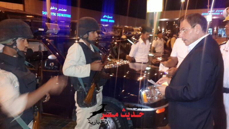 مدير أمن البحر الأحمر  يتفقد العملية التأمينية بمطار الغردقة الدولى