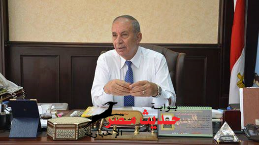 """"""" عبد الله """"  يتبرع بنصف راتبه لدعم إقتصاد مصر"""