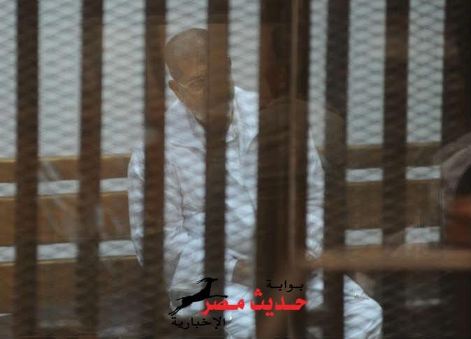 محاكمة مرسي و14 من قيادات الإخوان في «أحداث الاتحادية»