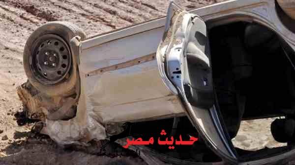 إنقلاب سيارة ملاكى تسفر عن إصابة ضابط و أسرته بطريق سفاجا – قنا