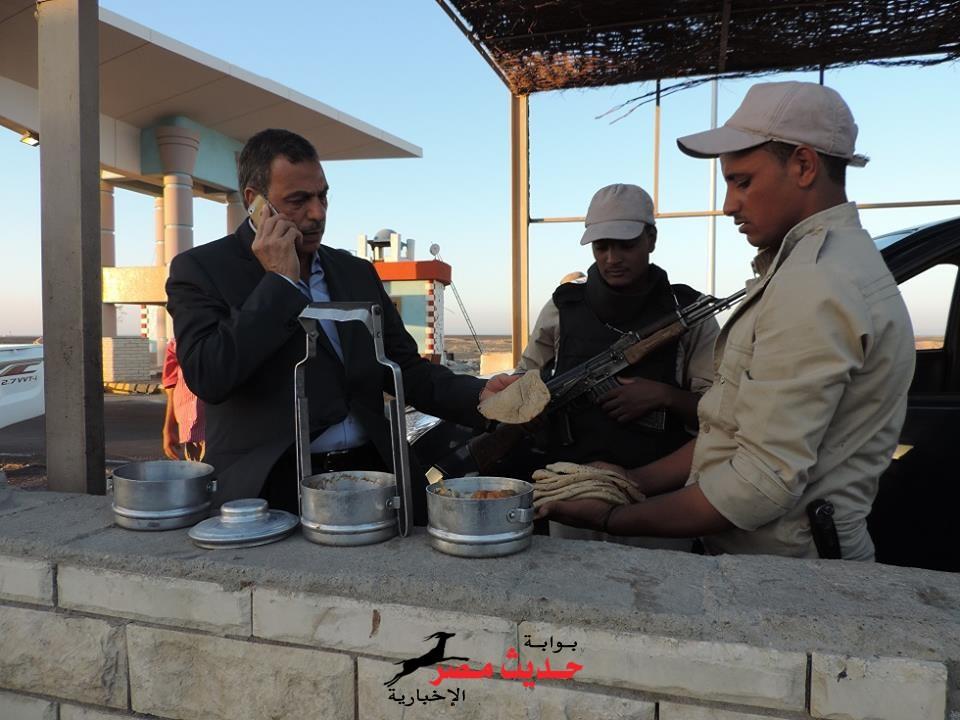 مدير أمن البحر الأحمر يتفقد الخدمات الأمنية قبل ساعة الإفطار