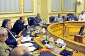 رئيس مجلس الوزراء يعقد إجتماعاً وزارياً لبحث سبل ضبط أسعار المواد الغذائية خلال الفترة المقبلة