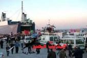 تستقبل ميناء سفاجا 2048 راكبا و312 سيارة