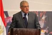 قال أحد الفلاحين لرئيس الوزراء: بلغ الرئيس السيسى أننا بنحب