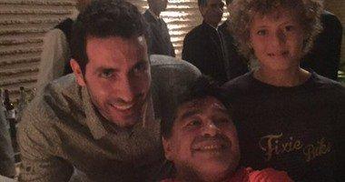 مارادونا مع ابو تريكة فى المغرب
