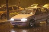 رعد وبرق أمطار غزيرة في القاهرة والجيزة وانقطاع الكهرباء عن بعض المناطق