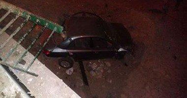 إصابة شخصين فى انقلاب سيارة ملاكى أعلى محور 26 يوليو  .