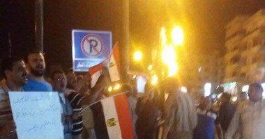 احتفالات ليلية فى ميدان الساعة بدمياط بمناسبة تحرير سيناء .