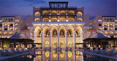 """جمعية رجال الأعمال تطالب """"المالية"""" بإعفاء الفنادق من جمارك إحلال المعدات ."""