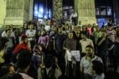 إغماء أحد المتضامنين مع اعتصام الصحفيين.. والنقابة تستدعى سيارة الإسعاف …