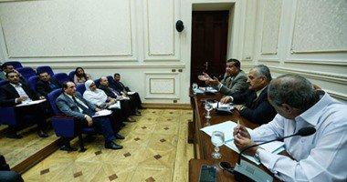 رئيس الشركة الوطنية للطرق من البرلمان: نفرض الغرامات طبقًاً للقانون …