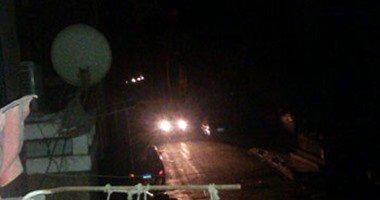 انقطاع الكهرباء وتوقف المرور على الطريق الزراعى بسوهاج بسبب عاصفة ترابية