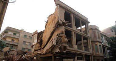 مصرع شخصين وإصابة 8 إثر انهيار عقار من 3 طوابق فى أوسيم بالجيزة