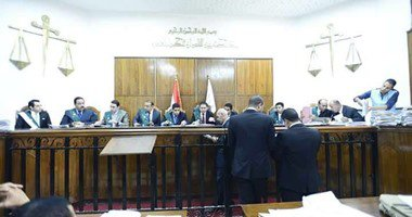 """اليوم.. إعادة محاكمة بديع وآخرين في """"أحداث مسجد الاستقامة"""""""