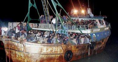 حرس الحدود يضبط 28 شابا فى قارب خشبى أثناء محاولتهم الهجرة غير الشرعية  …