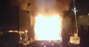 8 سيارات إطفاء تسيطر على حريق مخزن مواد غذائية أسفل عقار ببولاق الدكرور