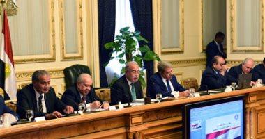 رئيس الوزراء يستعرض ملف تيران وصنافير خلال احتماعه مع أعضاء البرلمان
