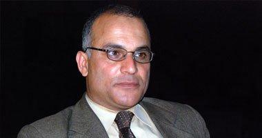 """هاشم ربيع: استقالة """"السادات"""" بلا قيمة لقرب انتهاء الدورة التشريعية الأولى.."""
