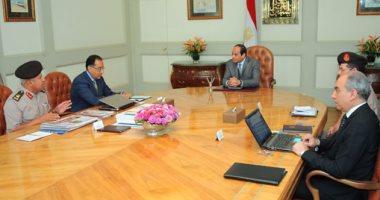 السيسى يجتمع بوزير الإسكان وكامل الوزير بشأن العاصمة الإدارية الجديدة..