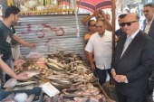 مدير أمن القاهرة يقود حملات لضبط المتلاعبين بقوت المواطنين ومحتكرى السلع…